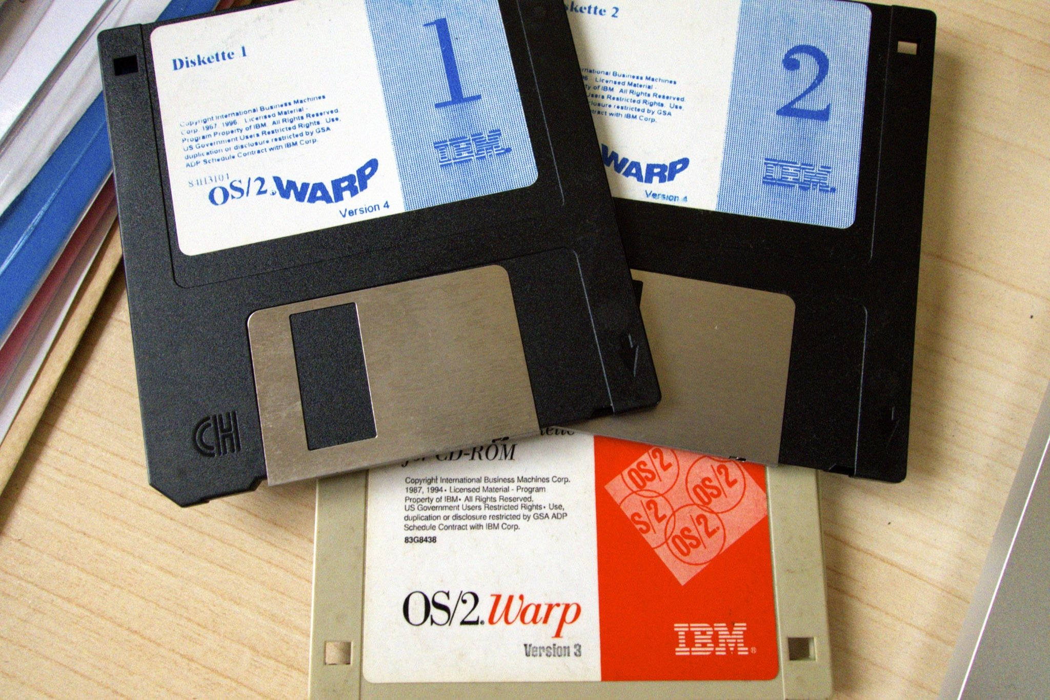 Operating Systems From The 1990s